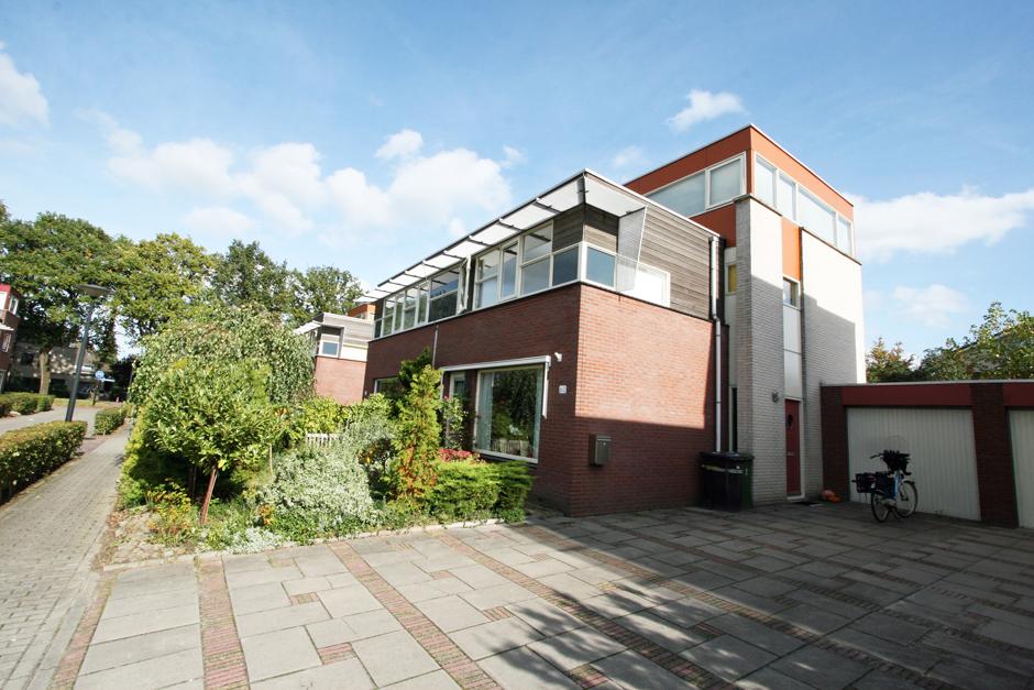 Idioom Architecten - Deventer- Nieuwbouw 63 woningen in woonwijk de Vijfhoek aan de  J.J.P. Oudstraat in Deventer