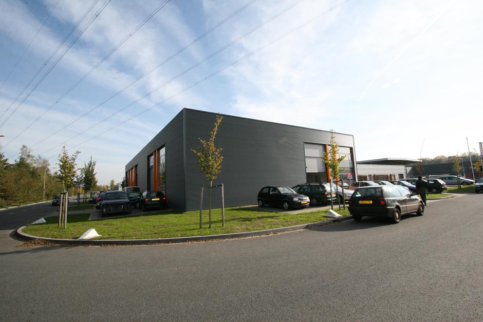 Idioom Architecten - Lochem - nieuwbouw bedrijfsverzamelgebouw aan de Aalsvoort 95-1/4 op bedrijventerrein Aalsvoort