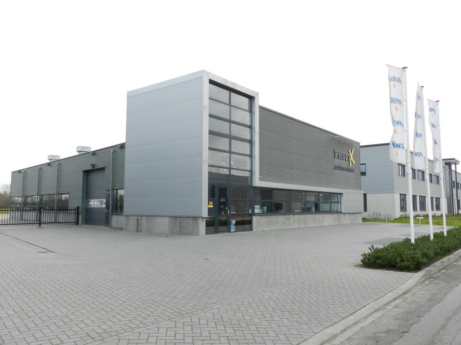 Idioom Architecten - Goor - nieuwbouw bedrijfspand PROFIX autoschade herstel, Klavermaat 24